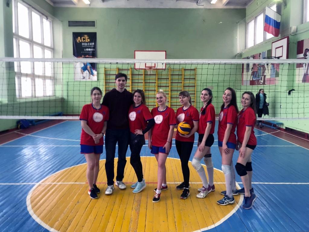Городская Спартакиада по волейболу среди девушек
